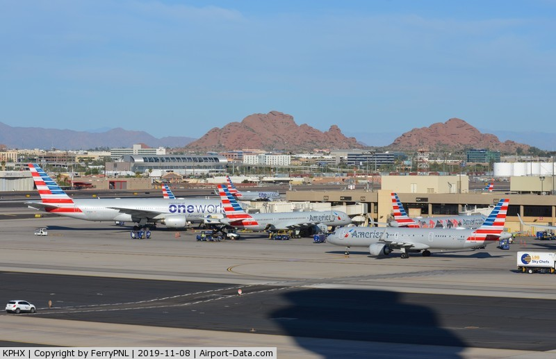 Phoenix Sky Harbor International Airport (PHX) - Phoenix Terminal 4