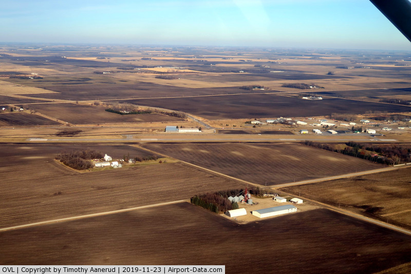 Olivia Regional Airport (OVL) - Olivia Rgnl airport, Olivia MN USA, downwind for Runway 29