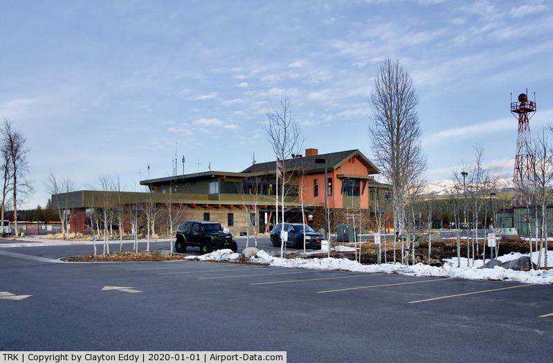 Truckee-tahoe Airport (TRK) - Truckee airport terminal building 2020.