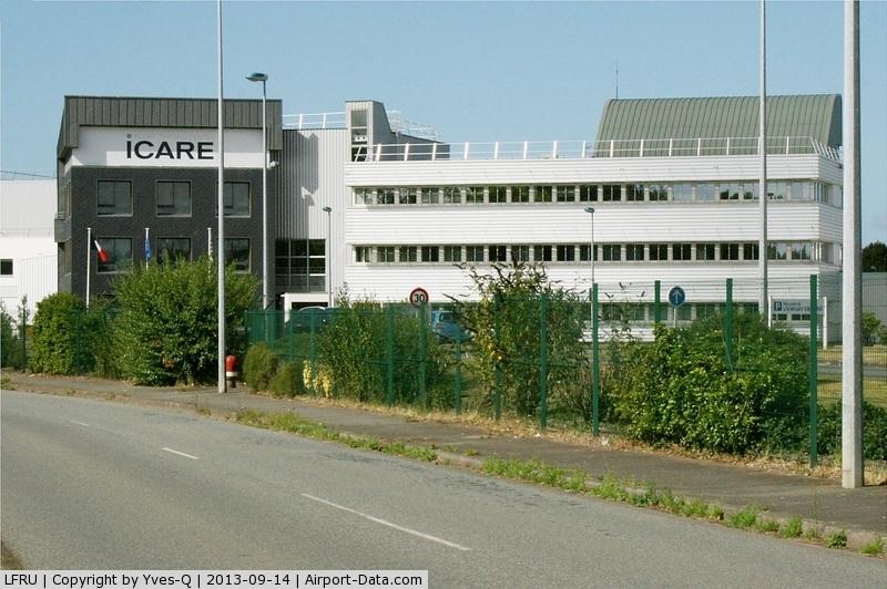 Morlaix Ploujean Airport, Morlaix France (LFRU) - ICARE, Flight Trainning Center, Morlaix-Ploujean Airport (LFRU-MXN)