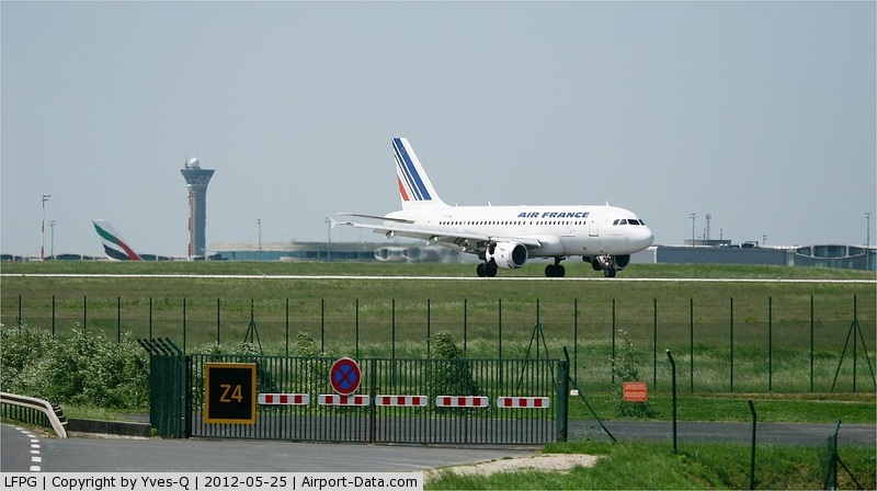 Paris Charles de Gaulle Airport (Roissy Airport), Paris France (LFPG) - Roissy Charles De Gaulle Airport (LFPG-CDG)