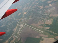 St Louis Regional Airport (ALN) - On approach to STL I was able to get this shot fo St. Louis Regional. - by Sam Andrews