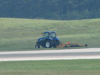 Baltimore/washington International Thurgood Marshal Airport (BWI) - Ground maintenance - by Sam Andrews