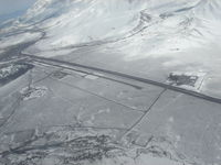 Mammoth Yosemite Airport (MMH) - Overhead for runway 27 - by Shale Parker
