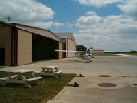 Huntington Municipal Airport (HHG) - Tarmac - by IndyPilot63