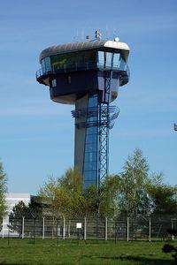 Milan Rastislav Štefánik Airport (Bratislava Airport), Bratislava Slovakia (Slovak Republic) (LZIB) photo