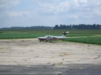 Sheridan Airport (5I4) - tarmac - by IndyPilot63