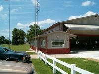 New Castle-henry Co Municipal Airport (UWL) - FBO - by IndyPilot63