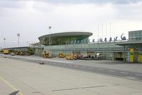 Graz Airport, Graz Austria (LOWG) - Flight to ZRH with Robin Hood OE-GIR - by Robert Schoeberl