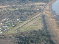 Port Of Ilwaco Airport (7W1) - taken in flight - by andy_298