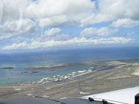 Honolulu International Airport (HNL) - Cessna172SP HNL Rwy4L Downwind - by COOL LAST SAMURAI