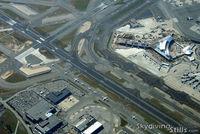 John F Kennedy International Airport (JFK) - Traffic jam at JFK seen from 6000 feet. - by Dave G