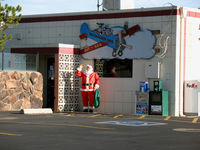 Minden-tahoe Airport (MEV) - Santa Claus outside the Cafe @ Minden, NV - by Steve Nation
