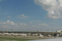 Dallas/fort Worth International Airport (DFW) - Terminal B - by Jeff Sexton