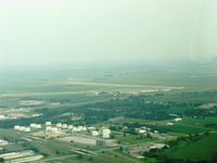 Mason City Municipal Airport (MCW) - Approaching MCW. - by Doug Robertson