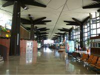 Roland Garros Airport - Terminal passenger - by Payet Mickael