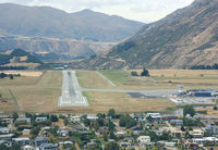 Queenstown Airport - On final. - by Andreas Müller