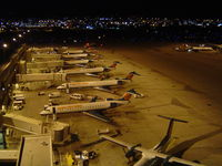 Phoenix Sky Harbor International Airport (PHX) - Taken from the car park roof - full stand - by keith sowter