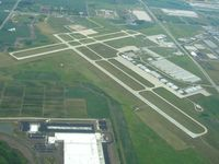 Kenosha Regional Airport (ENW) - Looking east - by Bob Simmermon