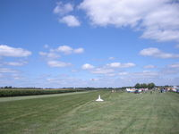 Tommy's Airpark Airport (9LL5) - Pic of annual U/L fly-in - by Bill Schneider