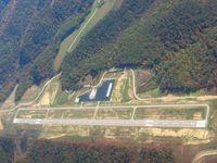 Morehead-rowan County Clyde A. Thomas Regional Airport (M97) - New Moorehead airport. - by Bob Simmermon