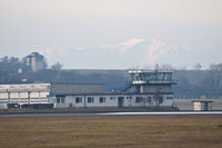 Vienna International Airport, Vienna Austria (LOWW) - FIRE FIGHTER Zentrale - by Delta Kilo