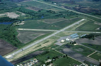 Albert Lea Municipal Airport (AEL) - Flying south to north. Taken from N7680U. - by GatewayN727