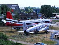 EGLB Airport photo