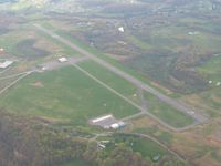 Lonesome Pine Airport (LNP) - Looking west - by Bob Simmermon