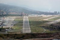 Simón Bolívar International Airport (Maiquetia International Airport) - Rare approach to rwy 27 - by Eudes S Lopez
