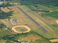 Libourne Artigues-de-Lussac Airport, Libourne France (LFDI) - verticale terrain avant le touch. - by FRENCHSKY alias Jean Goubet BOD'SPOTTING