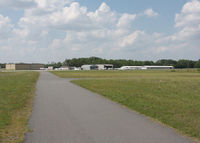 Gastonia Municipal Airport (AKH) - THE STAF WAS OUTSTANDING - by J.B. Barbour