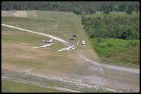 Bordeaux Leognan saucats Airport, Bordeaux France (LFCS) - les planeurs en attente - by Jean Goubet-FRENCHSKY