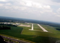 Indianapolis Metropolitan Airport (UMP) - Turning base to final for runway 33 at Indianapolis Metropolitan Airport, August 1, 2010 - by Jeri Gatewood