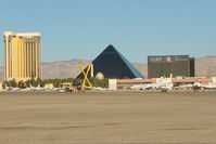 Mc Carran International Airport (LAS) - Major hotels backdrop to the Atlantic Aviation Executive ramp at Las Vegas - by Terry Fletcher