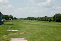 Chalet Suzanne Air Strip Airport (X25) - Approach end of Runway 36 at Chalet Suzanne Air Strip, Lake Wales, NY  - by scotch-canadian