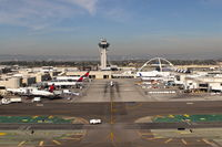 Los Angeles International Airport (LAX) - Looking down alleyway C8 on a 25R departure from KLAX. - by Mark Kalfas
