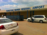 Youngstown-warren Regional Airport (YNG) - Entrance to the terminal building - by Murat Tanyel
