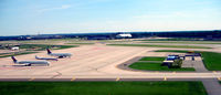 Minneapolis-st Paul Intl/wold-chamberlain Airport (MSP) - MSP parking apron - by Ronald Barker