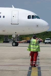 Paris Charles de Gaulle Airport (Roissy Airport), Paris France (LFPG) - CDG T3 Swissport - by Jean Goubet-FRENCHSKY