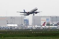 Frankfurt International Airport, Frankfurt am Main Germany (EDDF) - Take off on rwy 07C.... - by Holger Zengler
