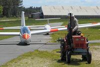 Bordeaux Leognan saucats Airport, Bordeaux France (LFCS) - vol à voile - by Jean Goubet-FRENCHSKY