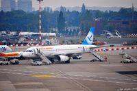 Düsseldorf International Airport, Düsseldorf Germany (EDDL) - Overfew - by Jan Lefers