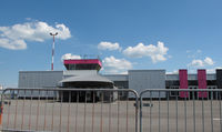 Dole Tavaux Airport - the control tower - by olivier Cortot