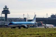 Hanover/Langenhagen International Airport, Hanover Germany (EDDV) - Franco-Dutch come and go on twy N..... - by Holger Zengler