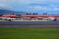 Kahului Airport, Kahului, Hawaii United States (PHOG) - At Kahului - by Micha Lueck