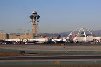 Los Angeles International Airport (LAX) - DL's terminal at LAX - by Micha Lueck