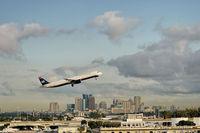 Fort Lauderdale/hollywood International Airport (FLL) - Ft. Lauderdale - by Alex Feldstein
