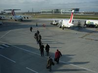 London City Airport - boarding to AMS - by Jean Goubet-FRENCHSKY