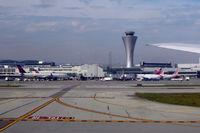 San Francisco International Airport (SFO) - San Francisco - by Micha Lueck